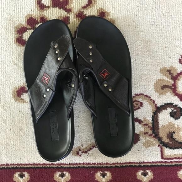 2ac0ec7050b Men s Louis Vuitton shoes size 10. M 5b6b6457d365be2ab73a46cf